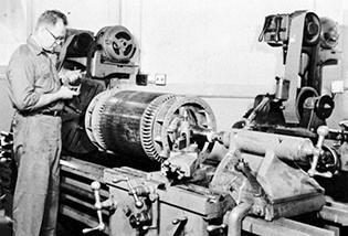 Hupp Electric Motors Marion Iowa Timeline 1955 Machine Shop